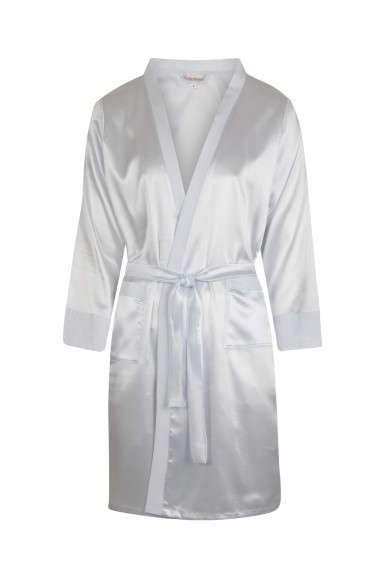 Satiny bathrobe